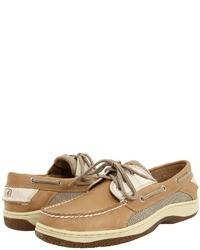 Chaussures bateau en cuir marron clair