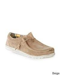 Chaussures bateau en daim marron clair