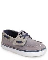 Chaussures bateau grises