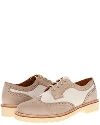 Chaussures brogues en cuir beiges