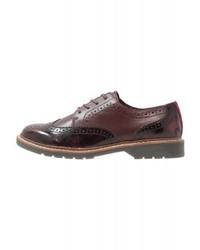 Chaussures brogues en cuir bordeaux s.Oliver