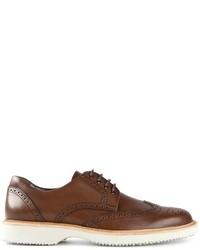 Chaussures brogues en cuir brunes Hogan