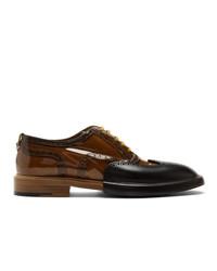 Chaussures brogues en cuir marron Burberry