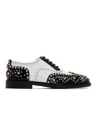 Chaussures brogues en cuir noires et blanches Burberry