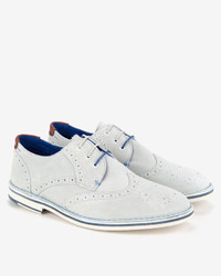 Chaussures brogues en daim blanches