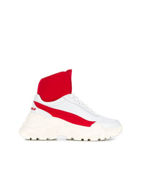 Chaussures de sport blanc et rouge