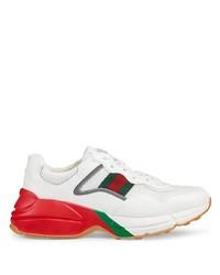 Chaussures de sport blanc et rouge Gucci