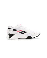 Chaussures de sport blanches et noires Reebok