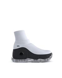Chaussures de sport blanches et noires Swear