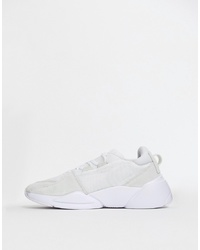 Chaussures de sport blanches Puma