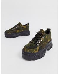 Chaussures de sport camouflage vert foncé Public Desire