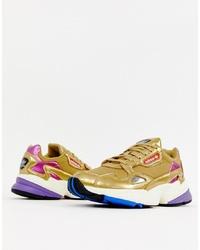 Chaussures de sport dorées adidas Originals