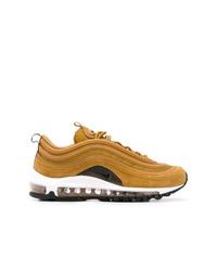 Chaussures de sport dorées Nike