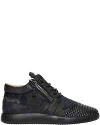 Chaussures de sport en daim noires