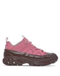 Chaussures de sport fuchsia Burberry
