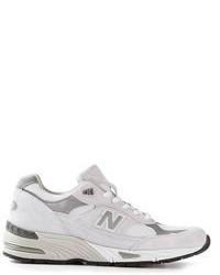 Chaussures de sport grises