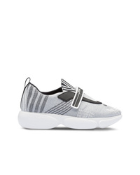 Chaussures de sport grises Prada