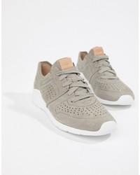 Chaussures de sport grises UGG