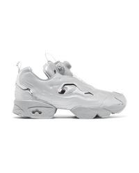 Chaussures de sport grises Vetements