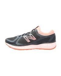 Chaussures de sport imprimées gris foncé New Balance