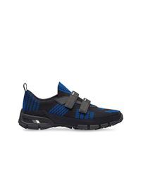Chaussures de sport imprimées noires Prada