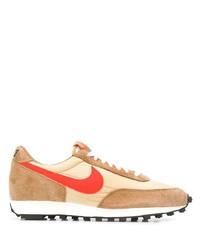 Chaussures de sport marron clair Nike