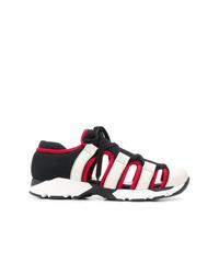 Chaussures de sport noires et blanches Marni