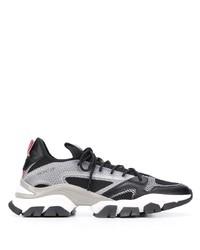 Chaussures de sport noires et blanches Moncler