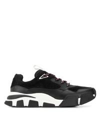 Chaussures de sport noires et blanches Salvatore Ferragamo