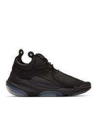 Chaussures de sport noires Nike