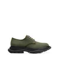 Chaussures de sport olive Alexander McQueen
