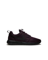 Chaussures de sport pourpre foncé Nike
