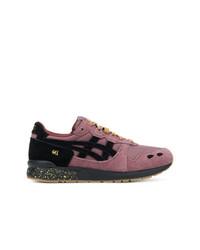 Chaussures de sport pourpres Asics