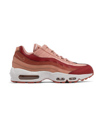 Chaussures de sport roses Nike