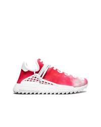 Chaussures de sport rouge et blanc Adidas By Pharrell Williams