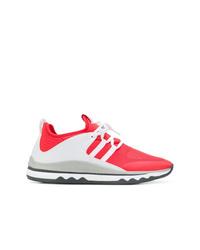 Chaussures de sport rouge et blanc Armani Exchange
