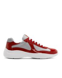 Chaussures de sport rouges Prada