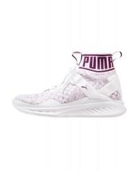 Chaussures de sport violettes claires Puma