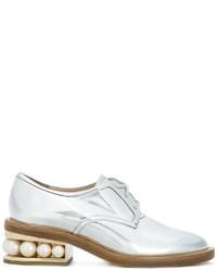 Chaussures derby en cuir argentées Nicholas Kirkwood