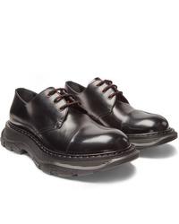 Chaussures derby en cuir épaisses noires Alexander McQueen