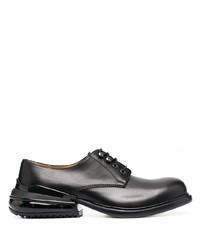 Chaussures derby en cuir épaisses noires Maison Margiela