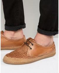 Chaussures derby en cuir tressées marron clair Base London