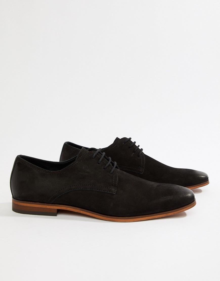 Chaussures derby en daim noires Pier One