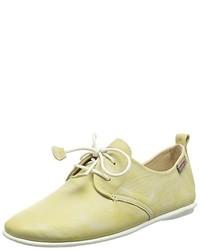 Chaussures jaunes PIKOLINOS