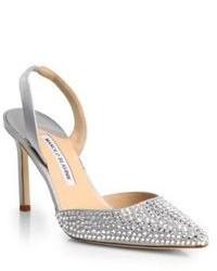 Chaussures ornées argentées