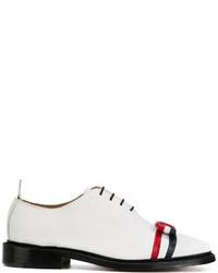 Chaussures richelieu en cuir blanches Thom Browne