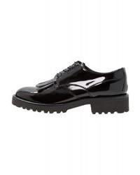 Chaussures richelieu noires Minelli