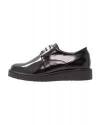 Chaussures richelieu noires Royal RepubliQ