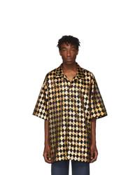 Chemise à manches courtes géométrique dorée Gucci