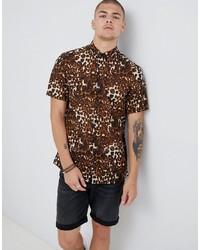Chemise à manches courtes imprimée léopard marron clair